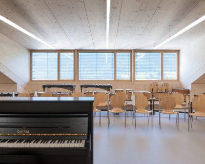 Academics in French Piccoli Virtuosi