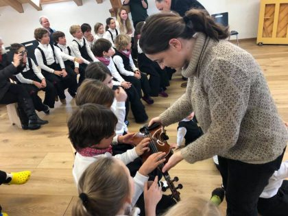 Violin workshop for the little ones in Gstaad
